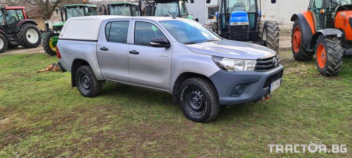 Пикапи и джипове Toyota Hilux 2.4 D 1 - Трактор БГ