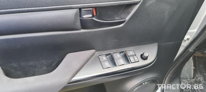 Пикапи и джипове Toyota Hilux 2.4 D 9 - Трактор БГ