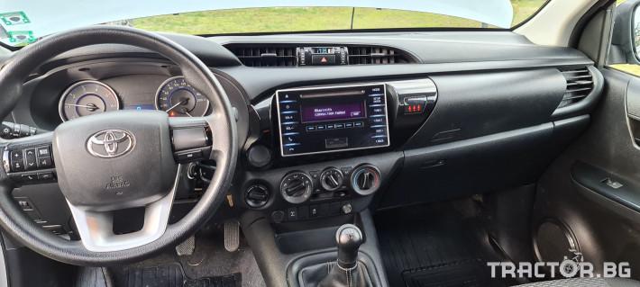 Пикапи и джипове Toyota Hilux 2.4 D 10 - Трактор БГ