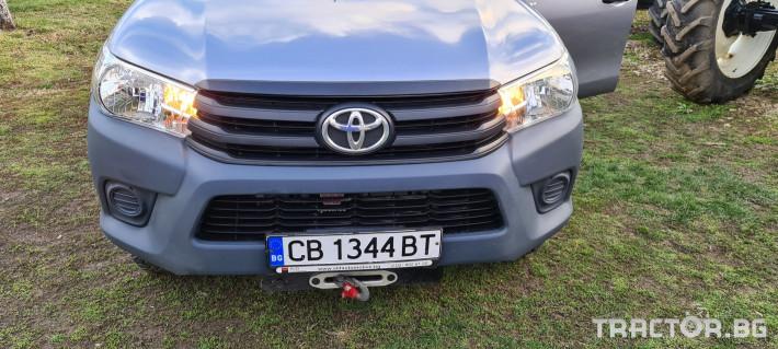 Пикапи и джипове Toyota Hilux 2.4 D 13 - Трактор БГ