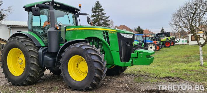 Трактори John-Deere 8335R 2 - Трактор БГ
