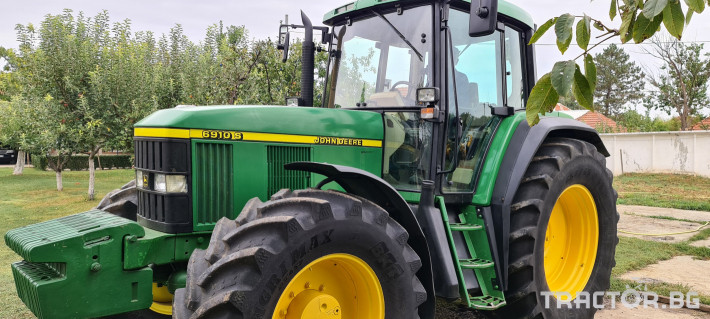 Трактори John-Deere 6910 S 2 - Трактор БГ